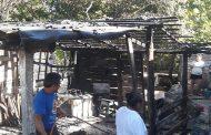 Deja su sartén con aceite en el fuego e incendia su cocina económica, en Dzilam González: no hubo heridos