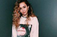 Miley Cyrus desmiente en Twitter los rumores de su embarazo
