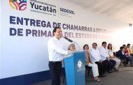 Mauricio Vila inicia la distribución de más de 208,000 chamarras para estudiantes yucatecos