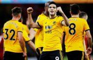 Con un gol de Raúl Jiménez, el Wolverhampton elimina al Liverpool