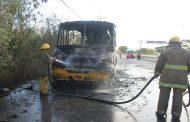 Por un cortocircuito, se incendia un Minis 2000, en Francisco de Montejo: no hubo heridos