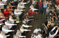 La reaparición de Rolando Zapata, lo más destacado de la toma de protesta de los consjeros