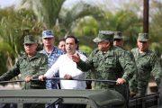 Vila y autoridades militares trabajarán juntos por la seguridad y protección civil de Yucatán