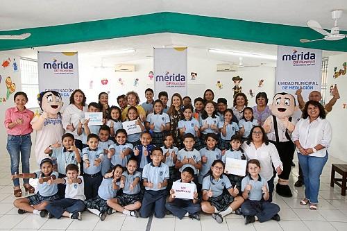 """El Ayuntamiento de Mérida inicia """"El Club del Diálogo"""" para niños de primaria"""