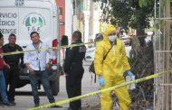 Un quinceañero habría matado al carnicero Luis Mena, quien era su pareja sentimental