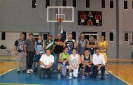 La Liga Premiere de básquetbol entrega premios a sus campeones